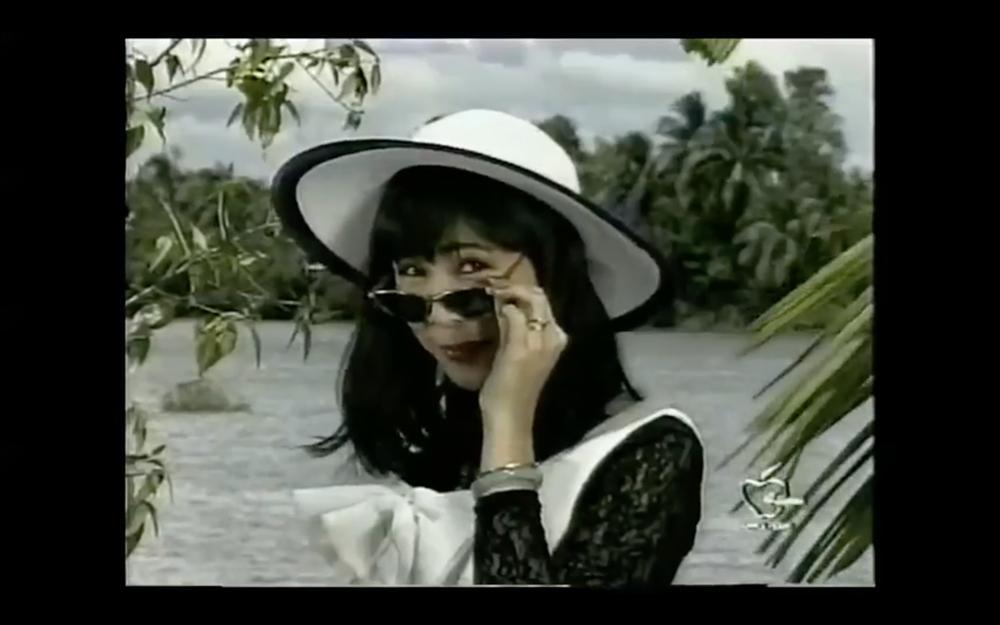 Tết Canh Tý 2020 nghe nhạc Xuân: Trai tài gái sắc Thành Lộc - Hồng Vân hát đã ngọt mà diễn còn tình như cái bình-4