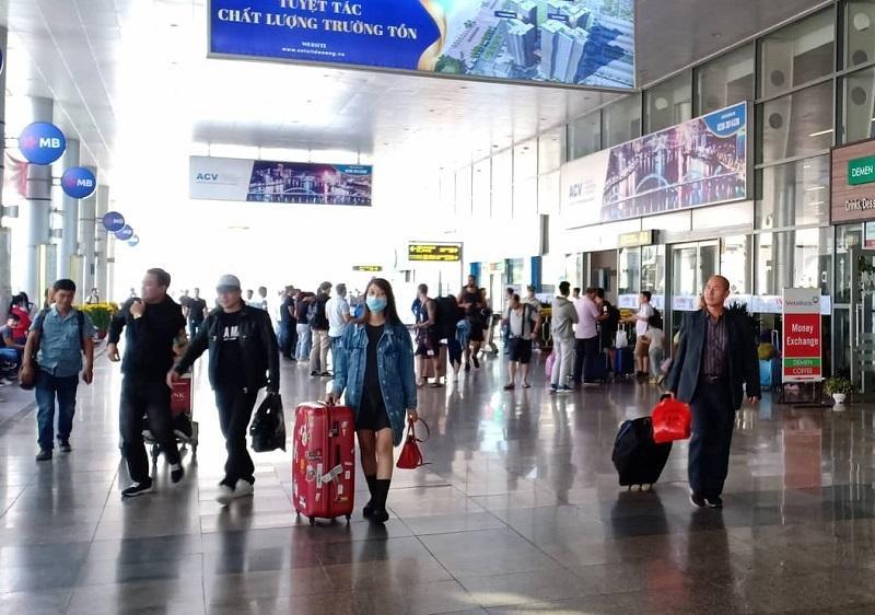 166 du khách Vũ Hán ở Đà Nẵng sẽ về Trung Quốc tối mai-1