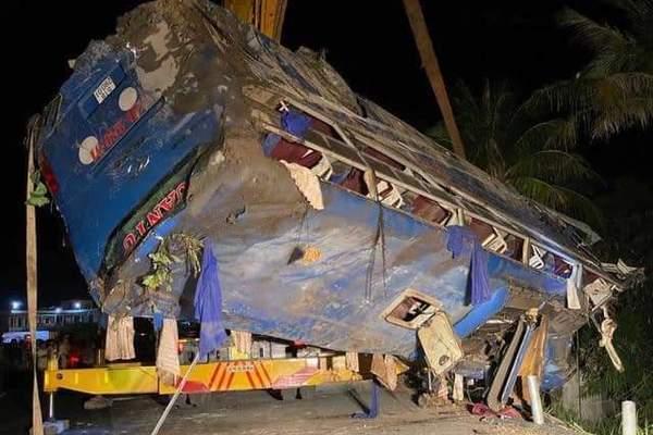Mùng 2 Tết, 39 người thương vong do tai nạn giao thông-1