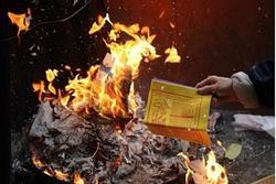Văn khấn lễ tạ năm mới - lễ hóa vàng chuẩn nhất Tết Canh Tý 2020