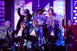 BTS biểu diễn 'Old Town Road' cùng Lil Nas X trên sân khấu Grammy 2020