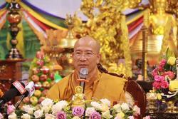 Trụ trì chùa Ba Vàng tổ chức 'hóa giải' virus corona đã bị xử lý