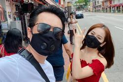 Sao Việt đeo khẩu trang khi du lịch đầu xuân vì sợ virus corona