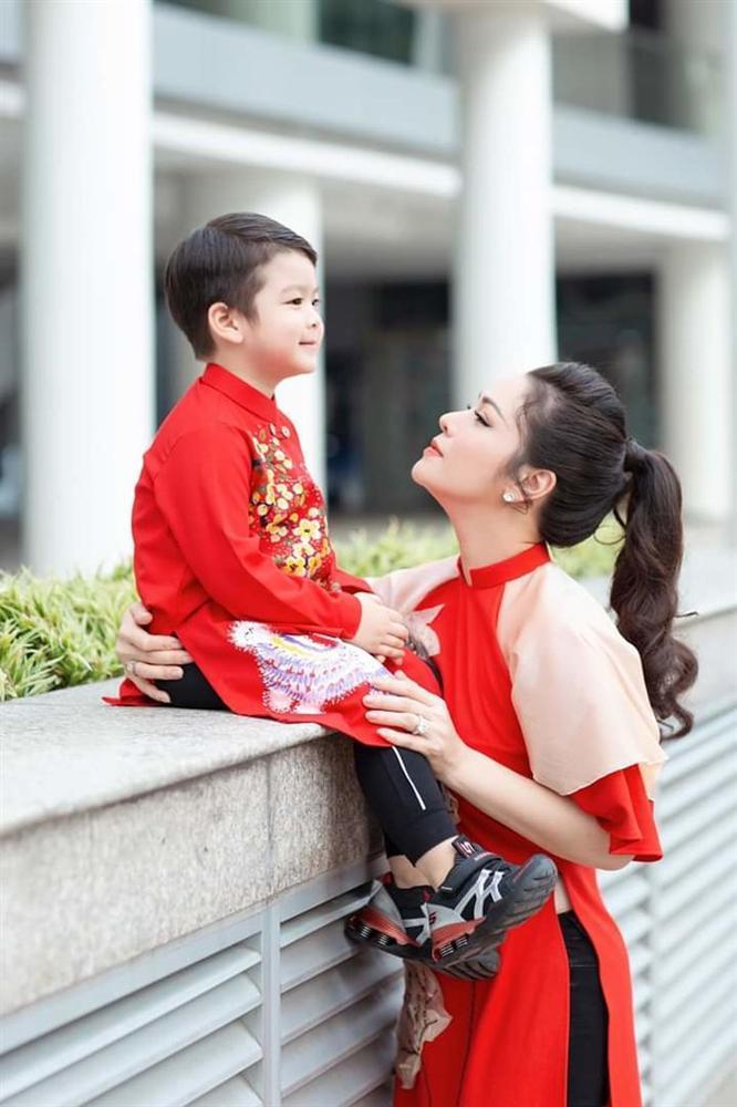 Nhật Kim Anh đăng clip tố cáo chồng cũ không cho gặp con ngày mồng 3 Tết-1