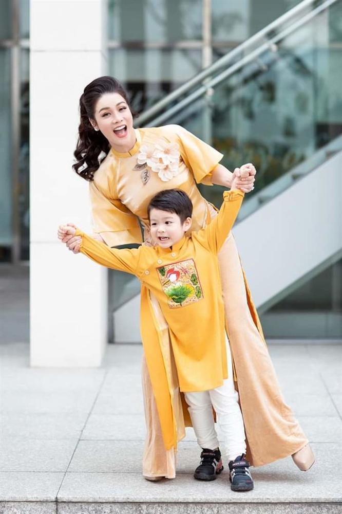 Nhật Kim Anh đăng clip tố cáo chồng cũ không cho gặp con ngày mồng 3 Tết-4