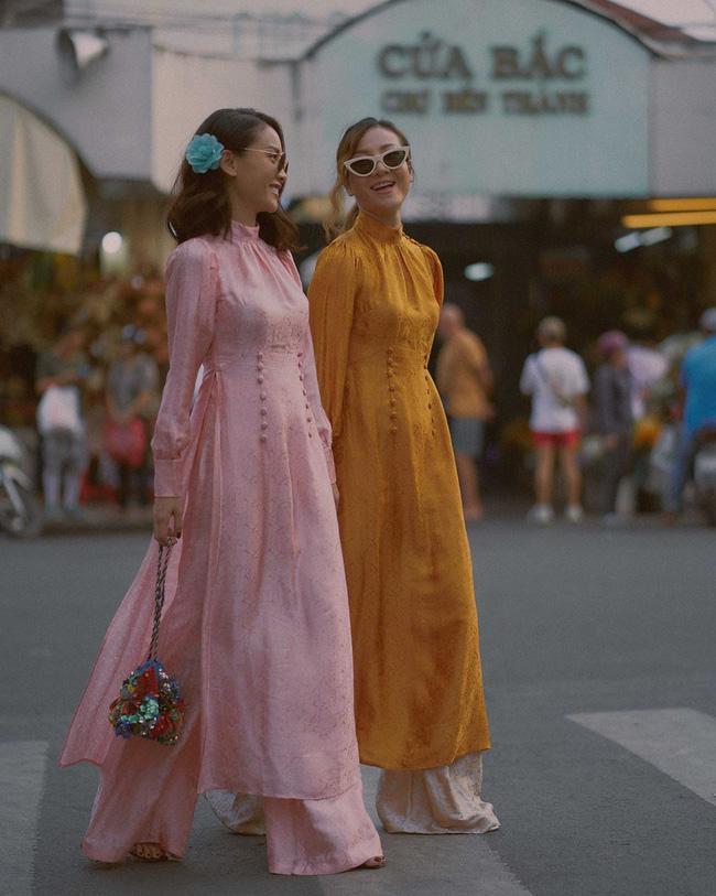 Đụng hàng hi hữu đầu năm: Minh Hằng - Yến Trang mặc chung áo dài mười phân vẹn mười-3