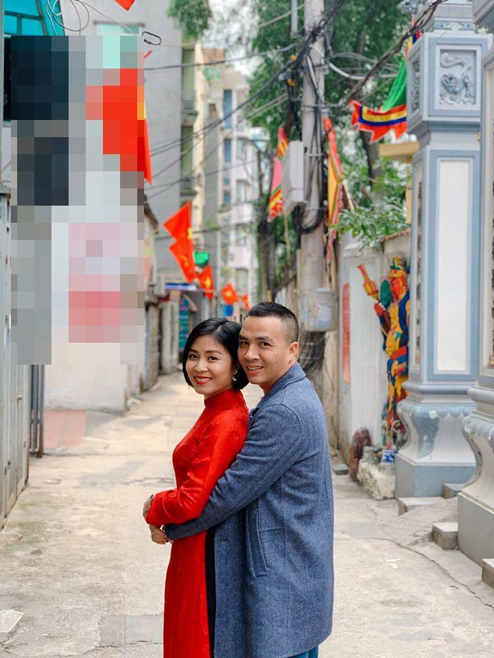 Xúng xính áo dài khoe ảnh tình cảm cùng ông xã, MC Hoàng Linh làm người nhìn gato cực mạnh-3