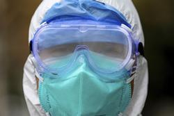 Bệnh viện TQ hết đồ bảo hộ để đối phó virus corona