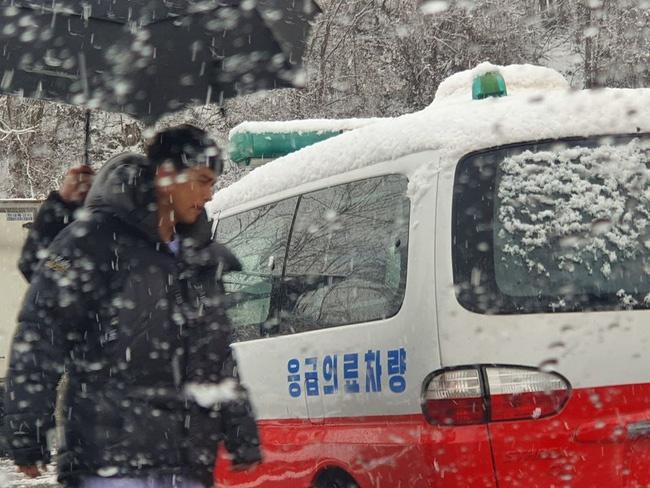 Son Ye Jin trấn an người hâm mộ sau tin nhập viện-2