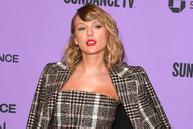 Taylor Swift và loạt sao thay đồ 'nhanh như chớp' trên sân khấu