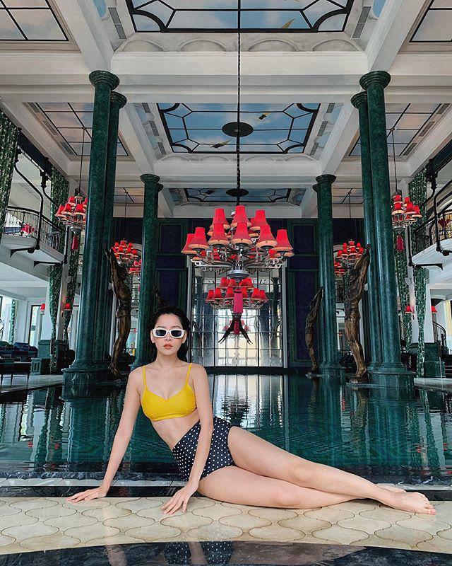 Tết này còn ai chăm khoe dáng bạo như Chi Pu: mùng 1 bán nude, mùng 3 diện bikini-10