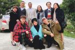 Chụp hình cùng Hương Giang, mặt Đức Phúc nhọn hoắt vượt cả tầm V-line hơn hoa hậu-7