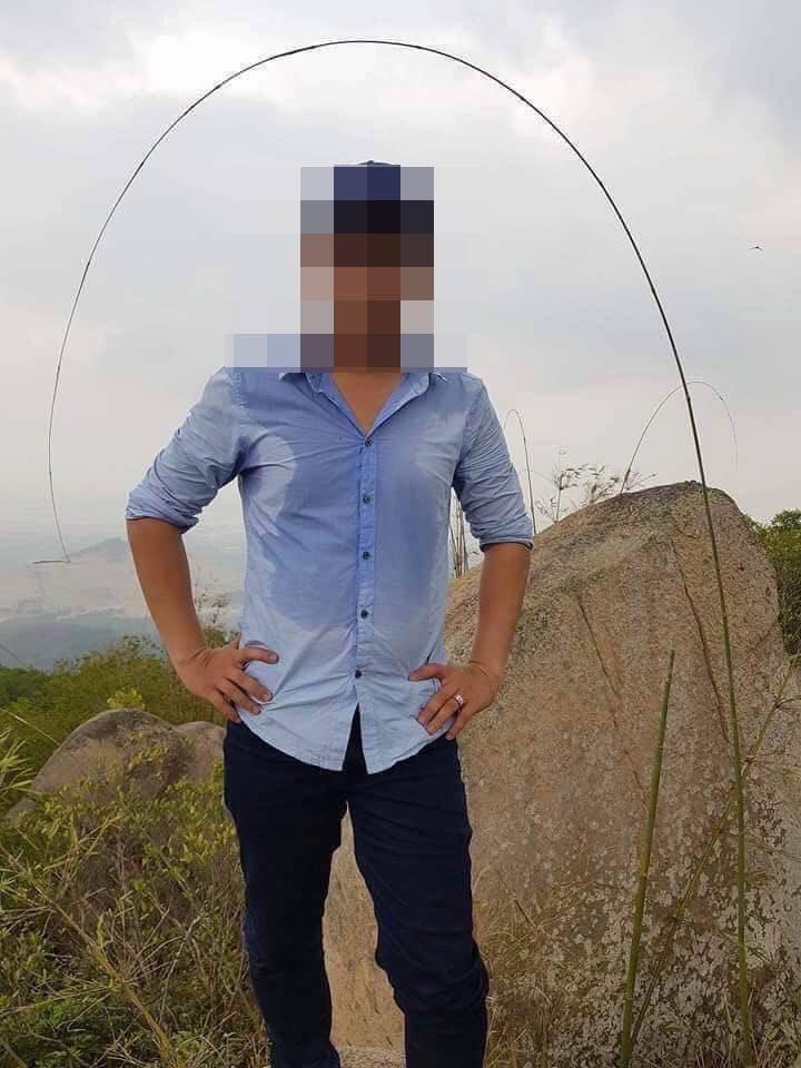 Vụ nổ súng tại sới bạc ở Sài Gòn: Lộ clip ghi lại hình ảnh kẻ làm 5 người thương vong vác súng AK rời khỏi hiện trường-3