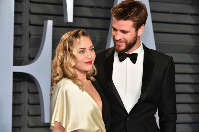 Miley Cyrus và Liam Hemsworth hoàn tất ly hôn-1