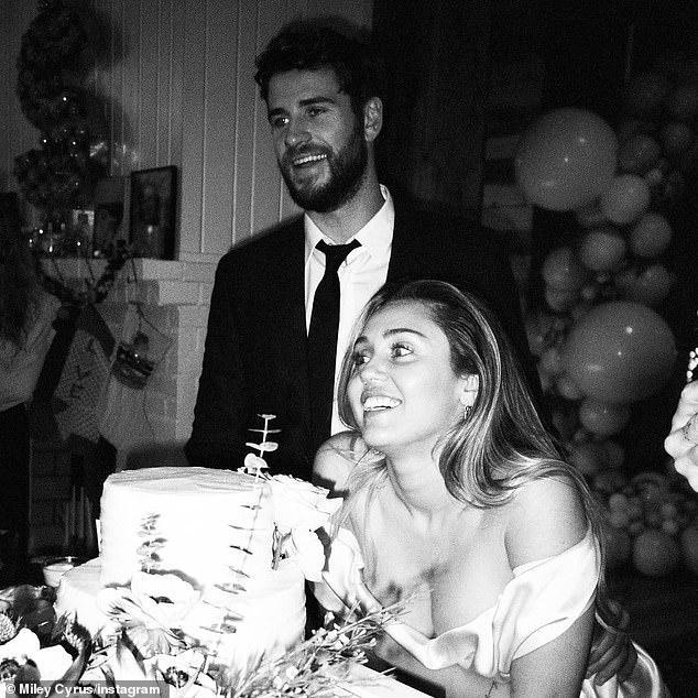 Miley Cyrus và Liam Hemsworth hoàn tất ly hôn-4