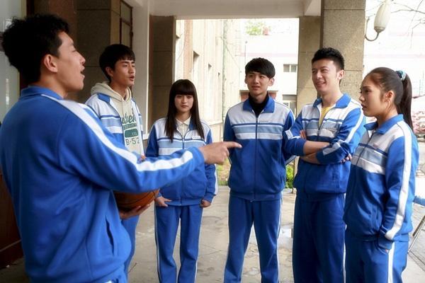 Những bộ thanh xuân có điểm douban cao ngất giúp mọt phim Hoa Ngữ lấy lại động lực đi học sau nghỉ Tết-15