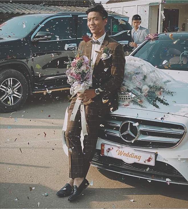 Hé lộ những hình ảnh đầu tiên trong đám cưới Văn Đức, chú rể rước dâu bằng xe tiền tỷ-3