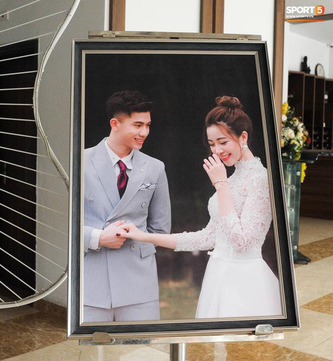 Hé lộ những hình ảnh đầu tiên trong đám cưới Văn Đức, chú rể rước dâu bằng xe tiền tỷ-9