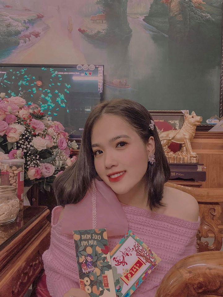 Bạn gái tin đồn Quang Hải xuất hiện chớp nhoáng ở đám cưới Văn Đức nhưng người xem chỉ soi nhan sắc-4