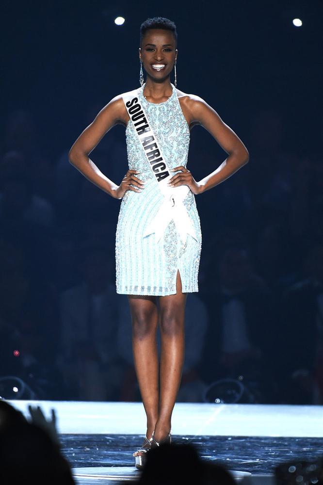 Cùng có nhược điểm hình thể không thể sửa nhưng HHen Niê và Miss Universe 2019 vẫn đẹp vang dội-2