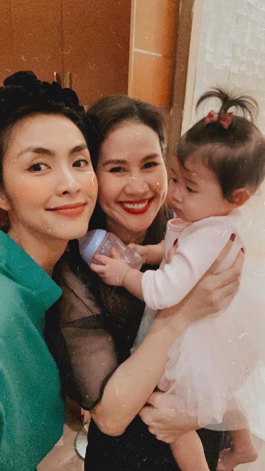 Tăng Thanh Hà dự sinh nhật con gái Thân Thúy Hà-3