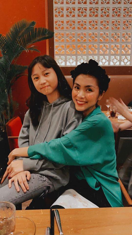 Tăng Thanh Hà dự sinh nhật con gái Thân Thúy Hà-4