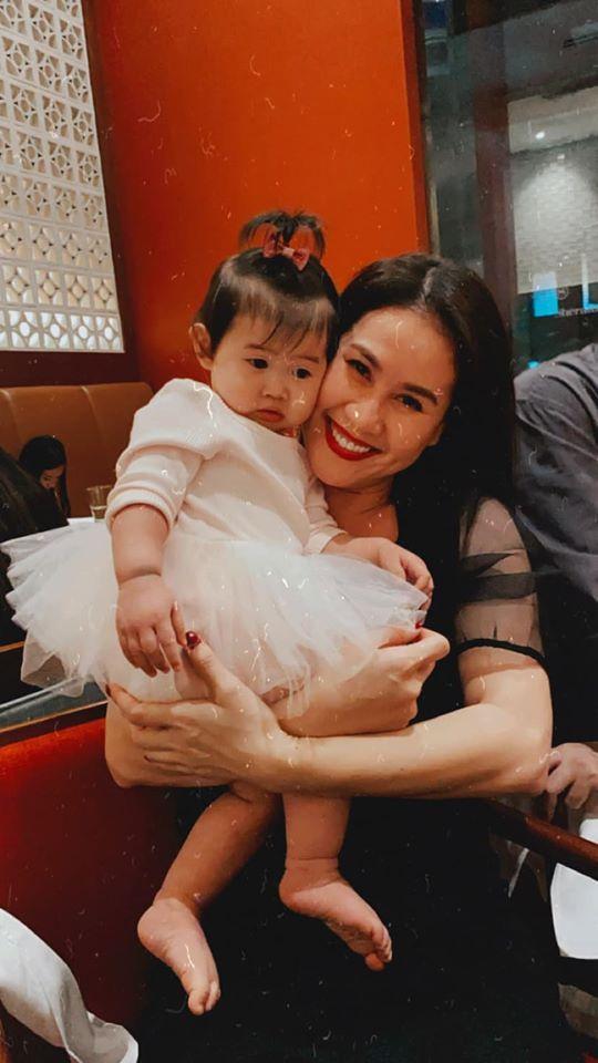 Tăng Thanh Hà dự sinh nhật con gái Thân Thúy Hà-6