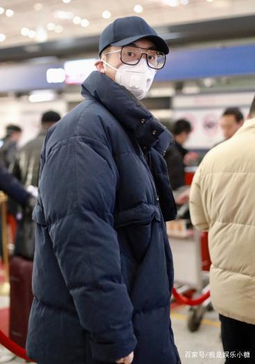 Sao Hoa ngữ đeo khẩu trang, tích cực tuyên truyền phòng chống virus corona-4
