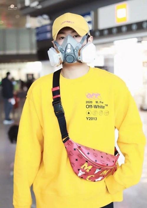 Sao Hoa ngữ đeo khẩu trang, tích cực tuyên truyền phòng chống virus corona-1