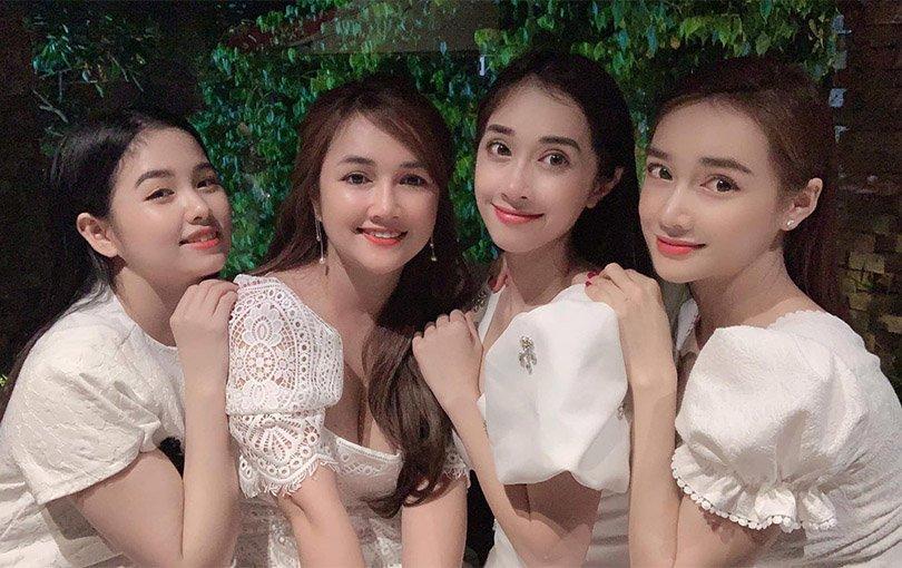Nhan sắc đẹp ngang ngửa, 3 chị em gái nhà Nhã Phương còn chung gout thời trang công chúa-6