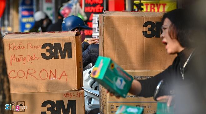Tước giấy phép nhà thuốc tăng giá khẩu trang trong dịch virus corona-2