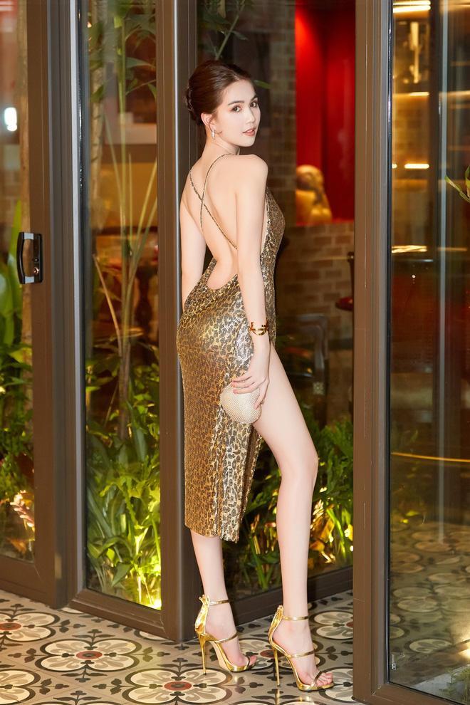 Ngọc Trinh khoe dáng trong biệt thự triệu đô, dân mạng khiếp vía khi nhìn chân cô ấy-5