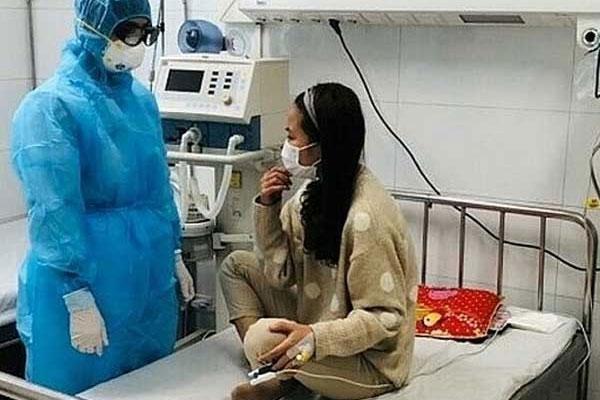 Nữ bệnh nhân ở Thanh Hóa khỏi viêm phổi do virus corona-1