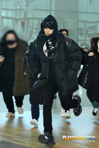 8 hình ảnh chứng minh idol Kpop là công việc khắc nghiệt đáng sợ, đừng mơ ngồi mát ăn bát vàng-5