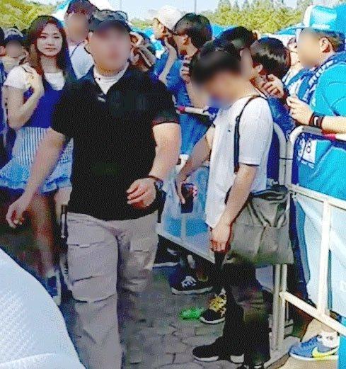 8 hình ảnh chứng minh idol Kpop là công việc khắc nghiệt đáng sợ, đừng mơ ngồi mát ăn bát vàng-6