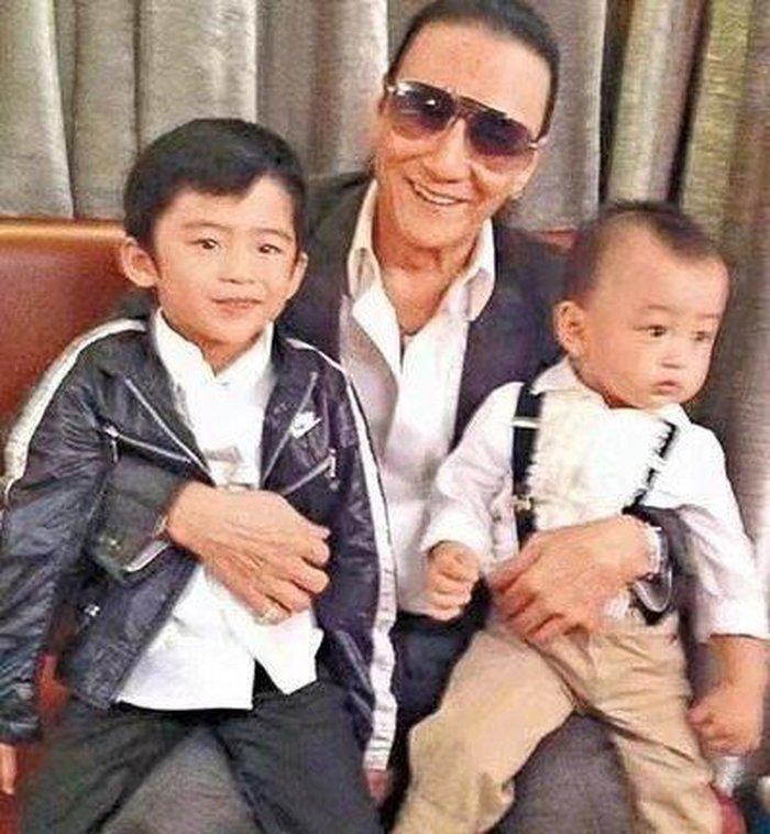 Từng tuyên bố cả đời này yêu nhất là Vương Phi, vì sao Tạ Đình Phong không cưới người tình già hơn 11 tuổi làm vợ?-11