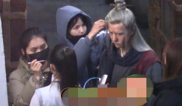 Fan lo sợ Triệu Lệ Dĩnh và Vương Nhất Bác bị nhiễm virus corona-2