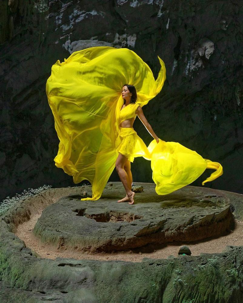 HHen Niê múa vũ khúc Sơn Đoòng tại hang động lớn nhất thế giới-2