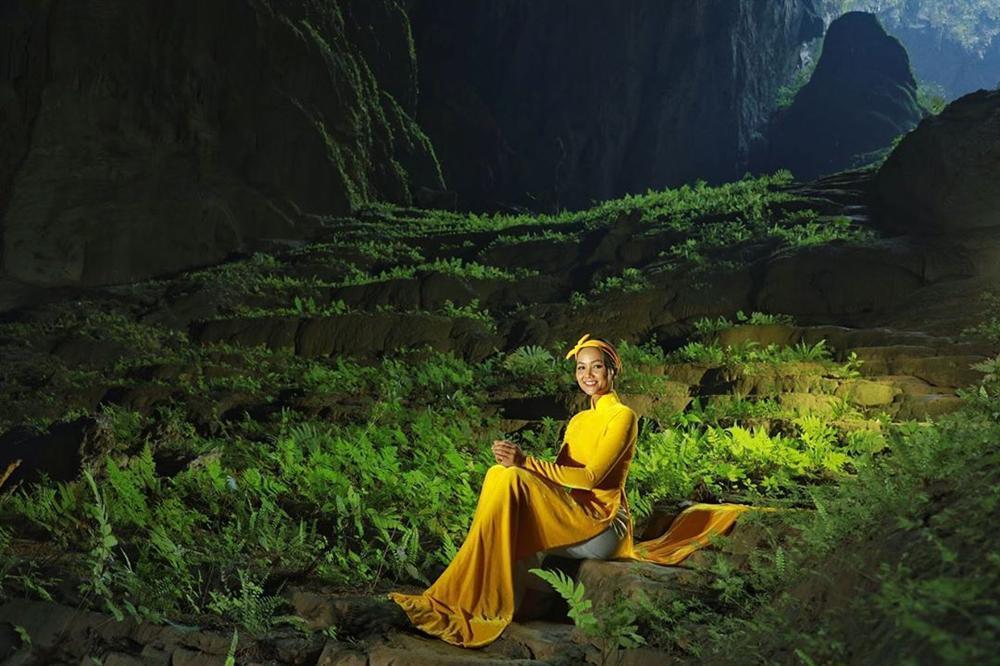 HHen Niê múa vũ khúc Sơn Đoòng tại hang động lớn nhất thế giới-4