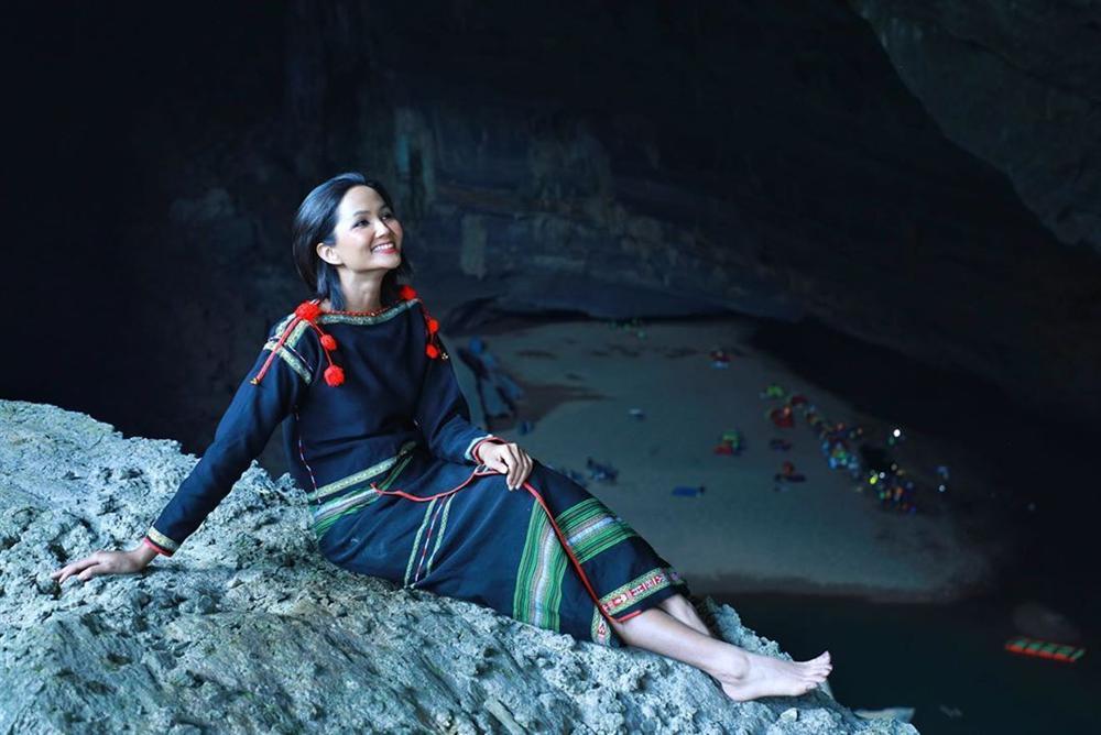 HHen Niê múa vũ khúc Sơn Đoòng tại hang động lớn nhất thế giới-10