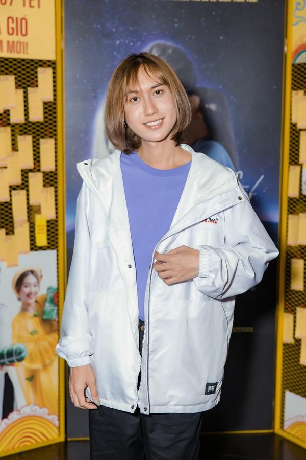SAO MAKE OVER: Ngân 98 lộ mặt mộc kém sắc - Bà Tưng Huyền Anh tái xuất với nhan sắc như gái teen-2