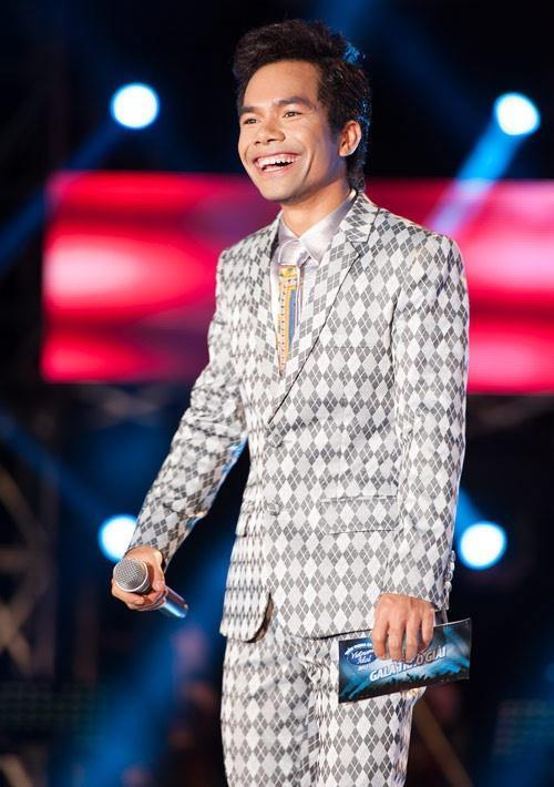 Top 6 Vietnam Idol 2012 – người nổi tiếng, người về quê chăn lợn-1