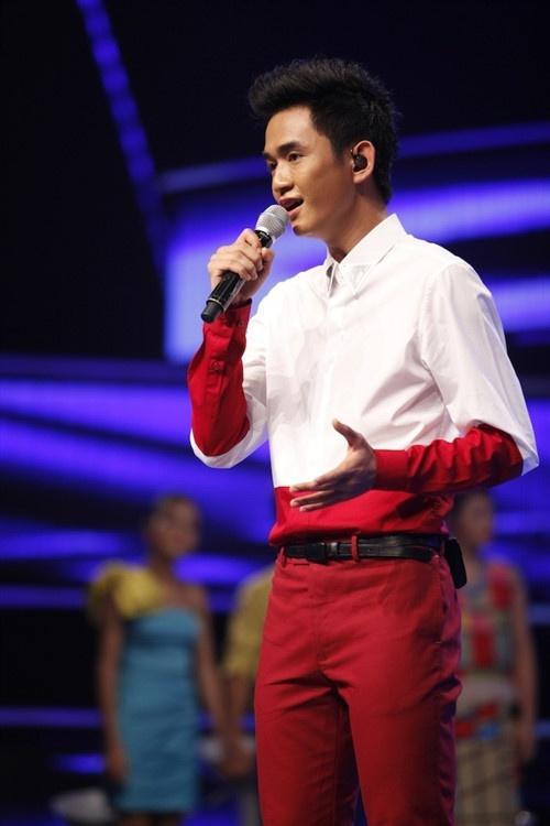 Top 6 Vietnam Idol 2012 – người nổi tiếng, người về quê chăn lợn-9