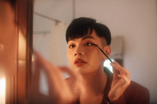 Đào Bá Lộc - Lynk Lee: 2 nam nhi showbiz khiến hội chị em chào thua vì độ nữ tính-8