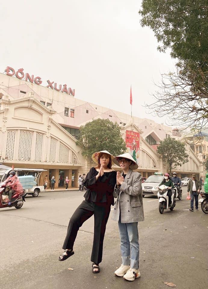 Thúy Vi chất lừ sau style hở bạo - Đức Phúc check in Hà Nội với thánh ăn Yang Soo Bin-4