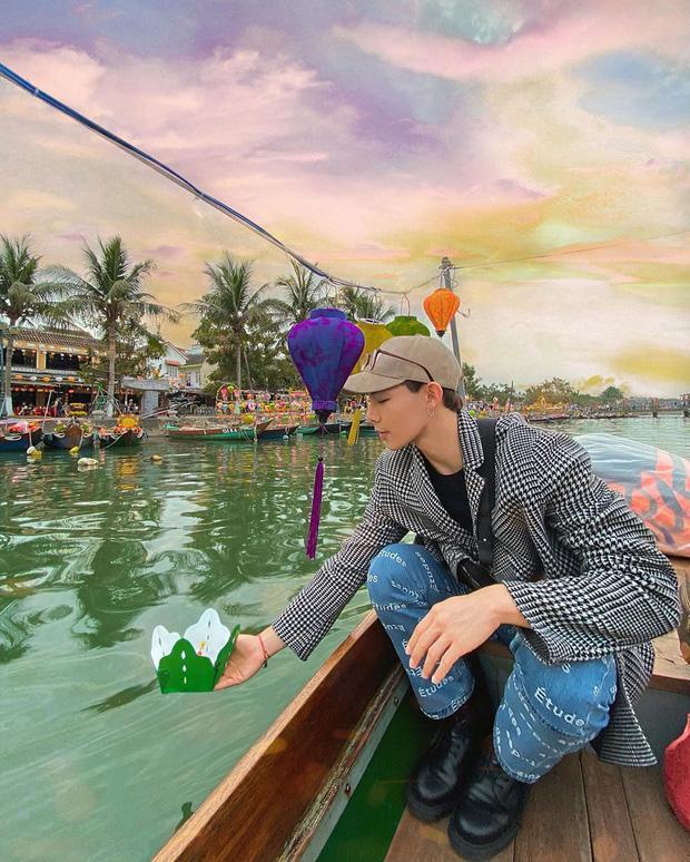 Thúy Vi chất lừ sau style hở bạo - Đức Phúc check in Hà Nội với thánh ăn Yang Soo Bin-5