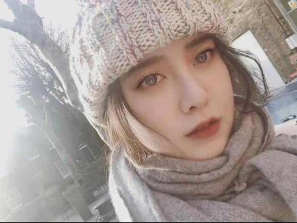 Chính thức sang Anh du học, Goo Hye Sun vẫn không quên nhắc đến chuyện ly hôn với Ahn Jae Hyun-1