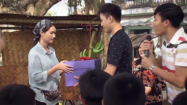 Mỹ nhân Việt giống Maria Ozawa: Bị đàn em cà khịa nhan sắc, đang hẹn hò trai trẻ-5
