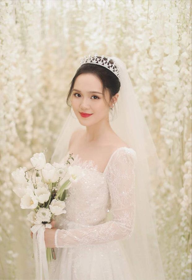 SAO MAKE OVER: Ngân 98 lộ mặt mộc kém sắc - Bà Tưng Huyền Anh tái xuất với nhan sắc như gái teen-5