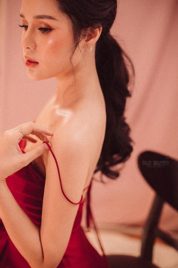 Giữa nghi vấn chia tay cầu thủ Trọng Đại, Huyền Trang xác nhận đang độc thân-4